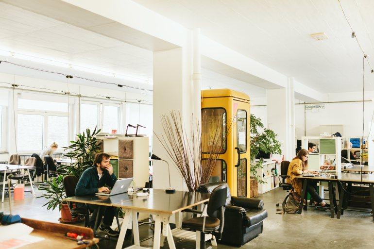 Betahaus_HR-Coworking-3rdfloor-phonebooth-Danique_van_Kesteren