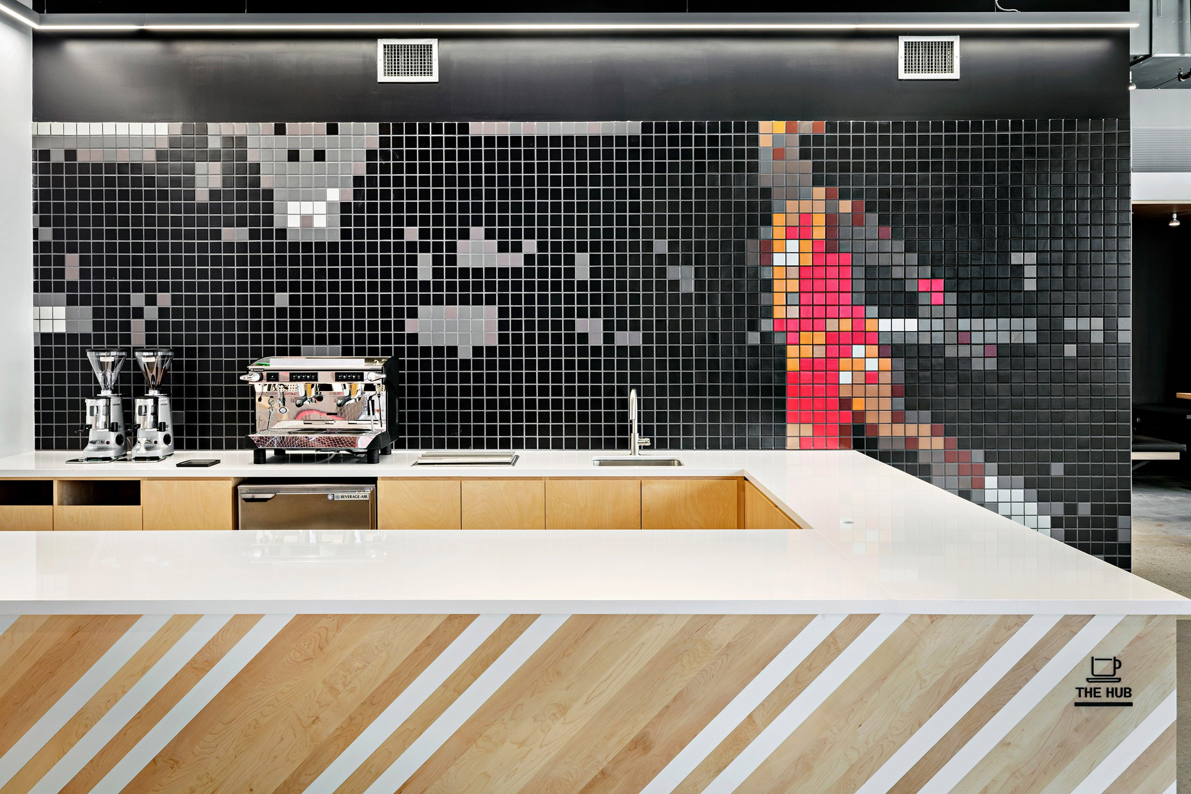 nike-nyhq-architecture-offices-new-york-usa_dezeen_2364_col_0.jpg