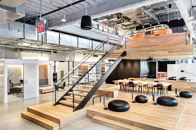 nike-nyhq-architecture-offices-new-york-usa_dezeen_2364_col_2.jpg